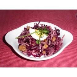 Salade de chou rouge et de céleri rave.